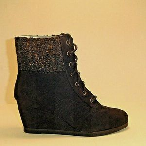 SO Wedge Ankle  Boots Knit Cuff Faux Sued size 9.5